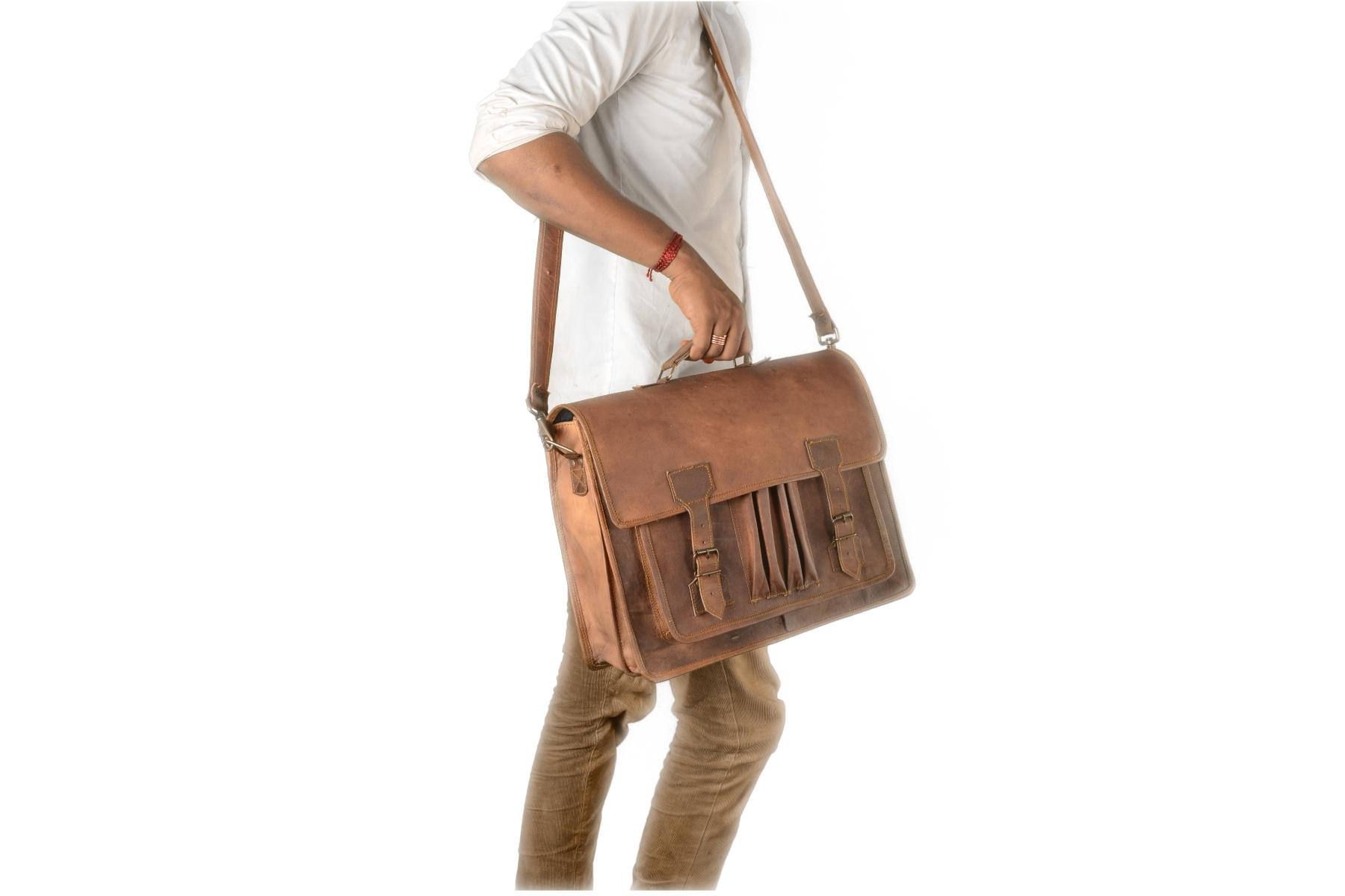 f4bae94e5a 16″ High Quality Men Genuine Leather Messenger Bag